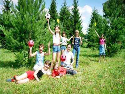 Детский отдых в лагере: радость детям и родителям
