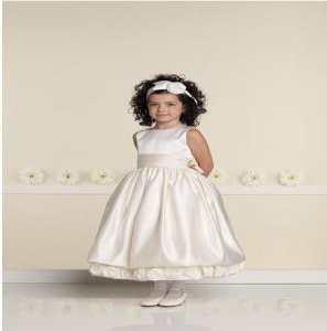 Как выбрать детское платье на свадьбу?
