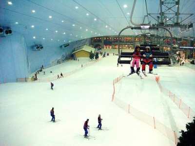 Крытый горнолыжный курорт Ski Dubai